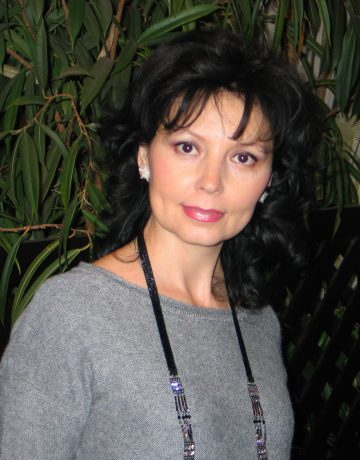 Лада Богданова